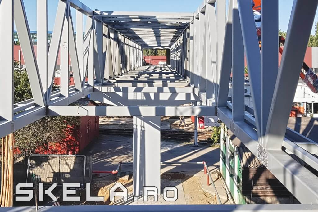 Pasarela structura metalica - 65 m - Bucuresti, Berceni, Popesti-Leordeni - SKELA Industries