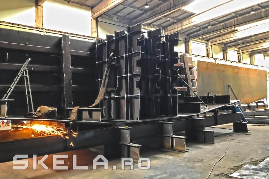Fabrica Skela Industries - productie caseta metalica tablier pod rutier Centura Bacau A7 (Autostrada Moldovei)