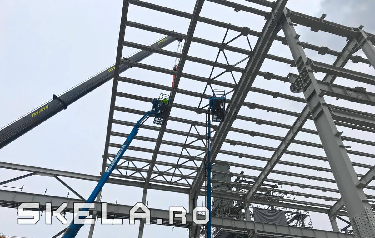 Montaj structura metalica hala idustriala 30 m inaltime